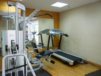 tread mill and work out machine at gym